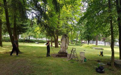 Započeli radovi na restauraciji kipa majka i dijete kipara Arfana Hozića